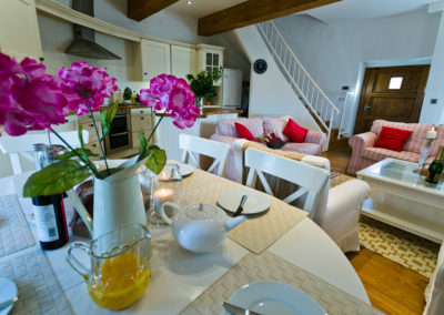 Melin Y Bont Rhosneigr Anglesey dining area